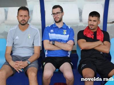 Reyes Ferrer a la izquierda de la imagen.